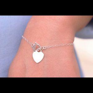 Dainty Toggle Heart Bracelet